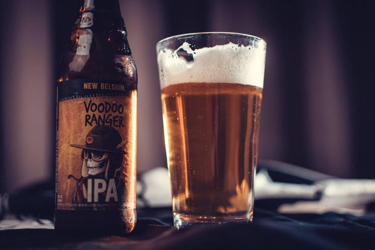 Dlaczego piwo z kufla smakuje lepiej niż z butelki?